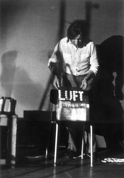 Das Produkt erlischt im Prozess [Air-Text], 1971
